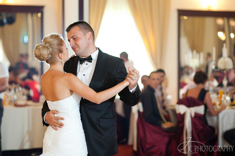 069 Fotografii nunta dansul mirilor