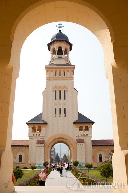 32 Fotografii nunta Catedrala Reintregirii