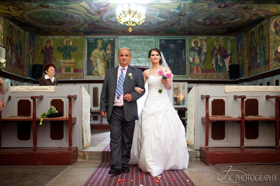24 Fotografii de nunta Lavinia & Horatiu