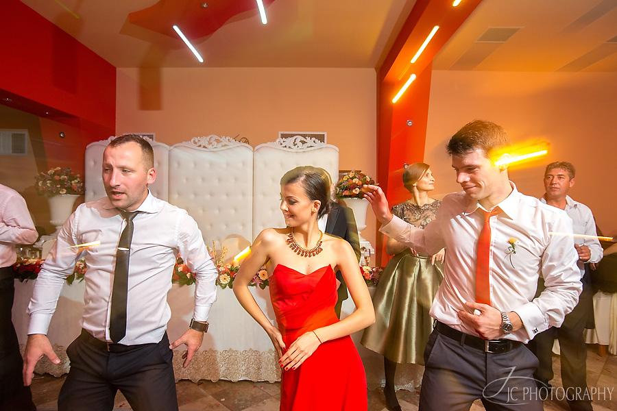 77 Fotografii de nunta in Carei