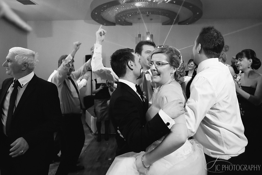 89 Fotografii de nunta in Carei