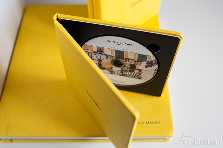 album foto si carcasa dvd piele
