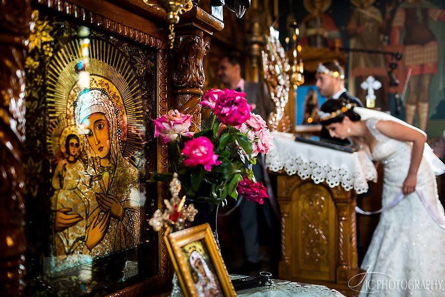 24 Fotografii nunta ceremonia religioasa Fagaras