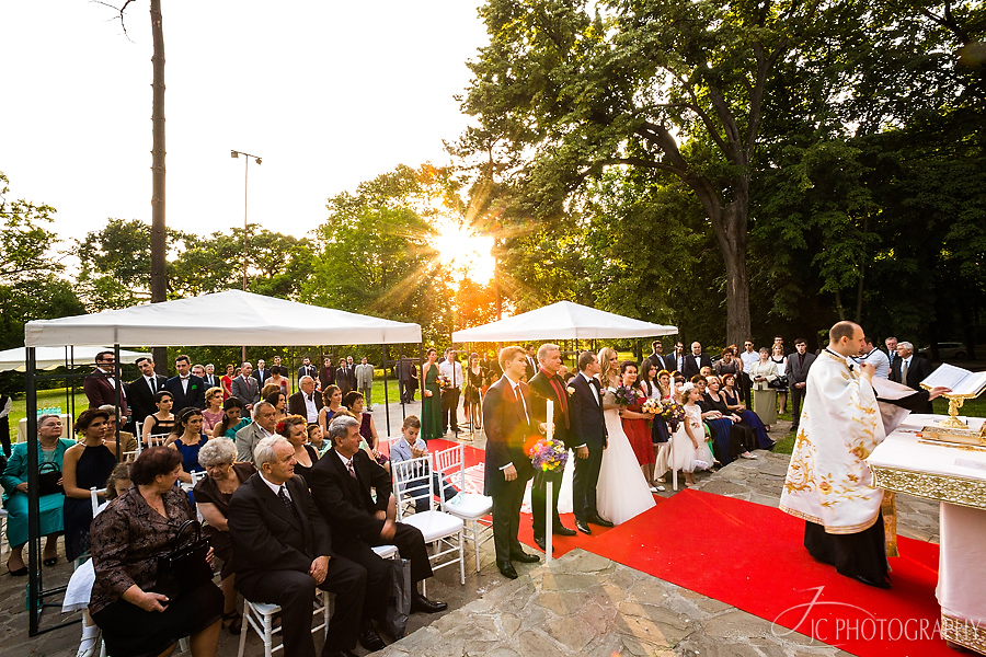 34 Ceremonia religioasa in aer liber Capela Stirbey