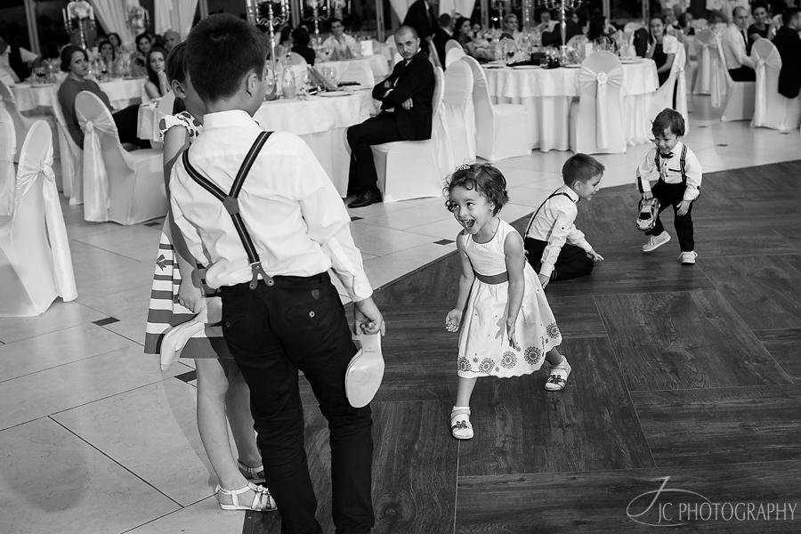 15 Fotografii petrecere nunta Mercur Alba