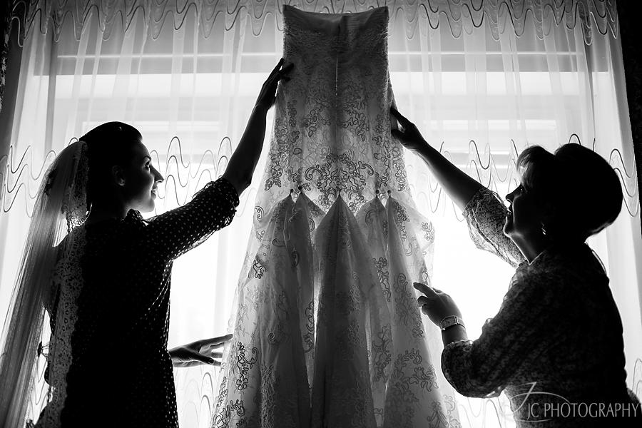 07 Fotografii nunta Sibiu rochia miresei