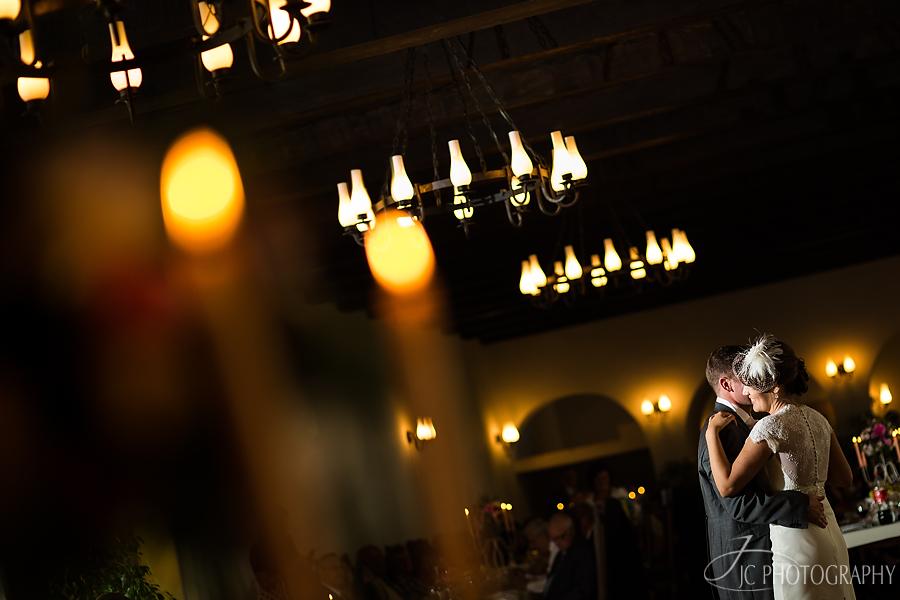 24 FDansul mirilor nunta