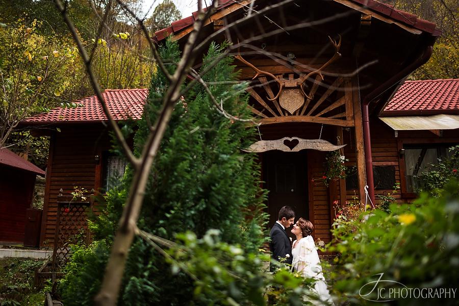 17 Fotografii nunta  in Sugag