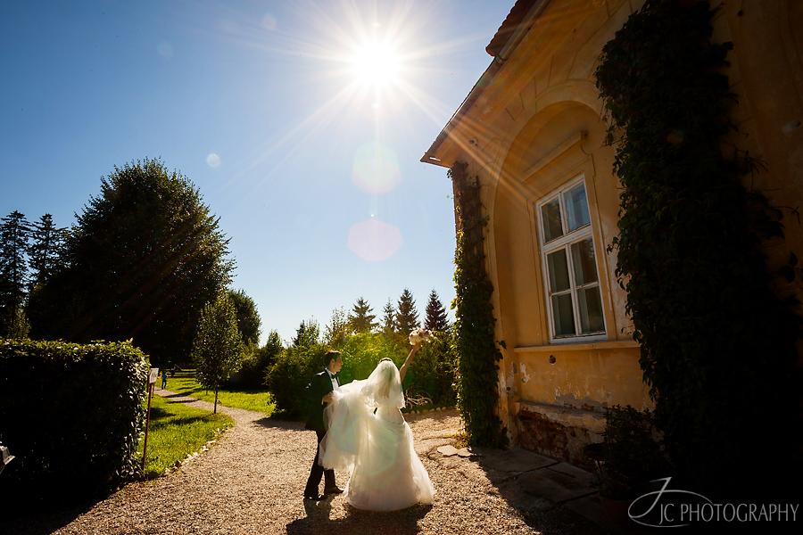 25 Fotografii de nunta in Avrig palatul Brukenthal