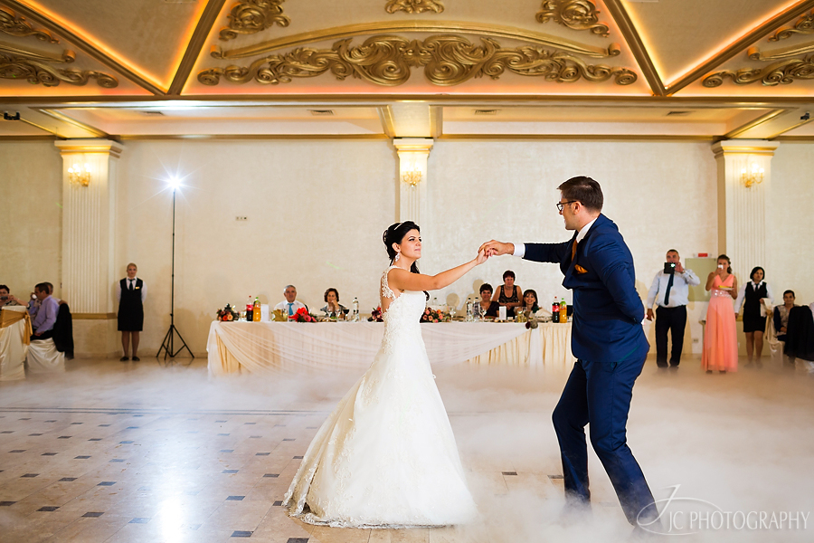 32 Dansul mirilor restaurant Giulia  nunta Bistrita