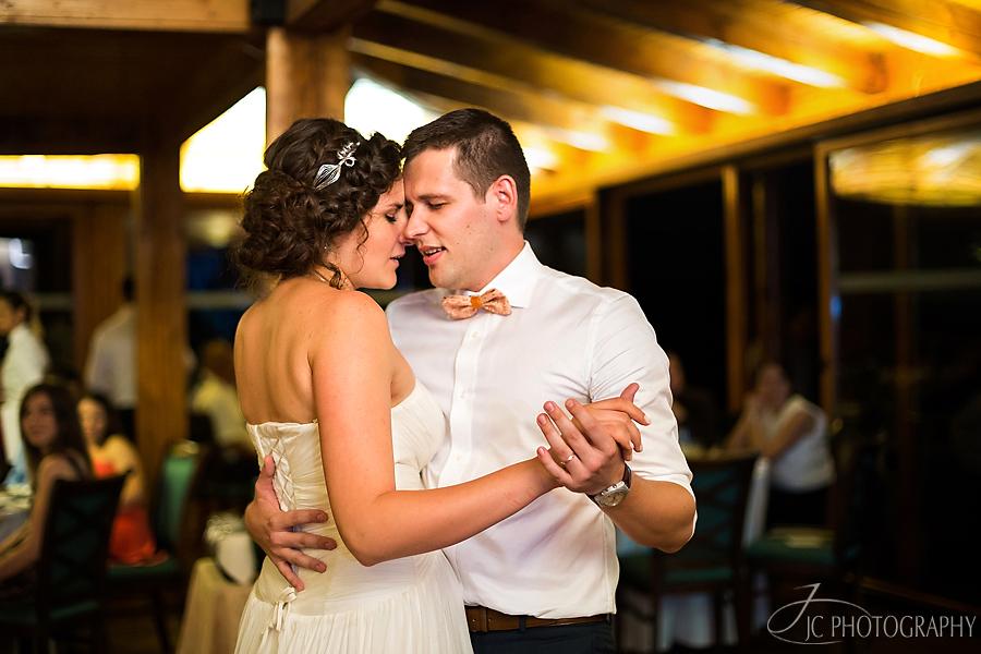 48 Fotografii dansul mirilor nunta Golf Hotel Pianu