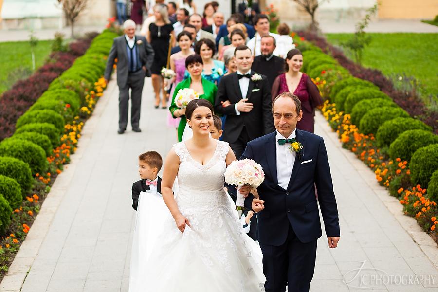 13 Fotografii ceremonia religioasa nunta Alba Iulia