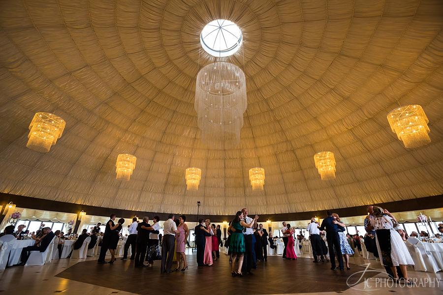 36 Fotografii petrecere nunta Mercur Pavilion