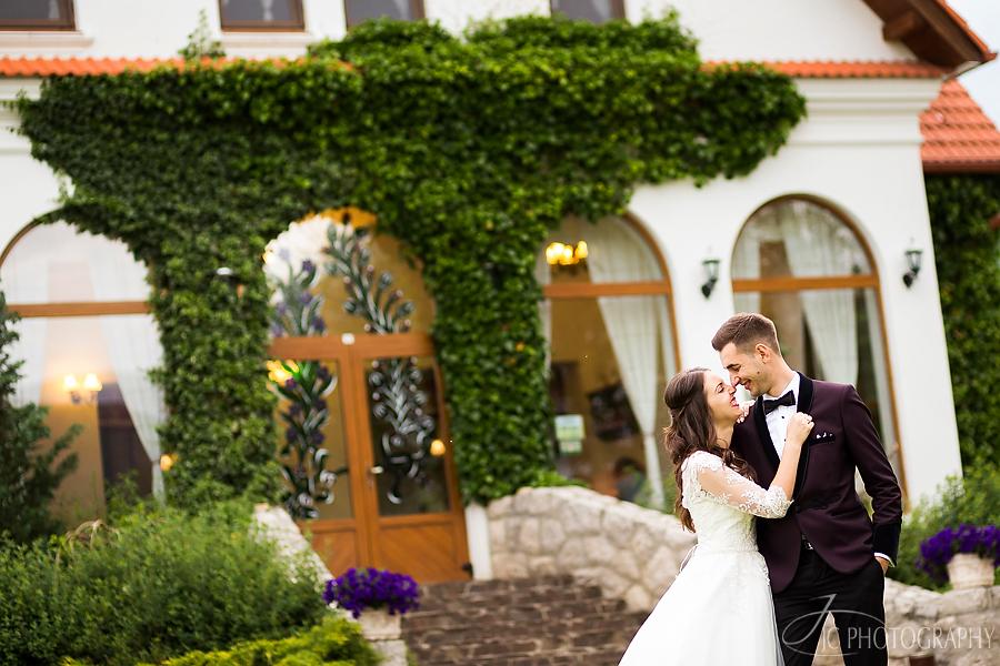 19 Fotografii nunta Conacul Secuiesc