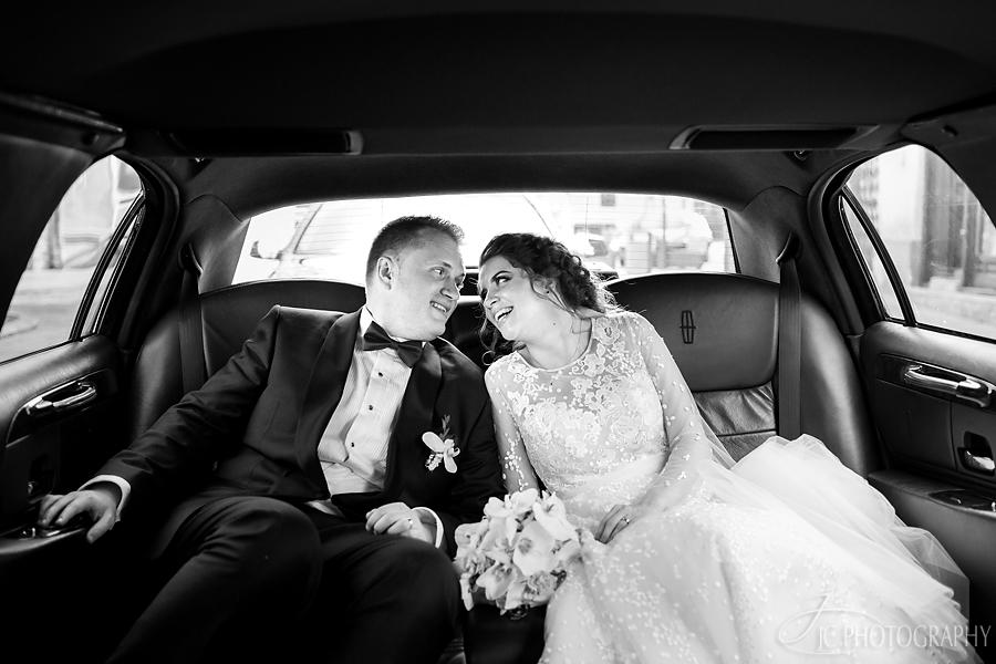 35 Limuzina nunta Orastie