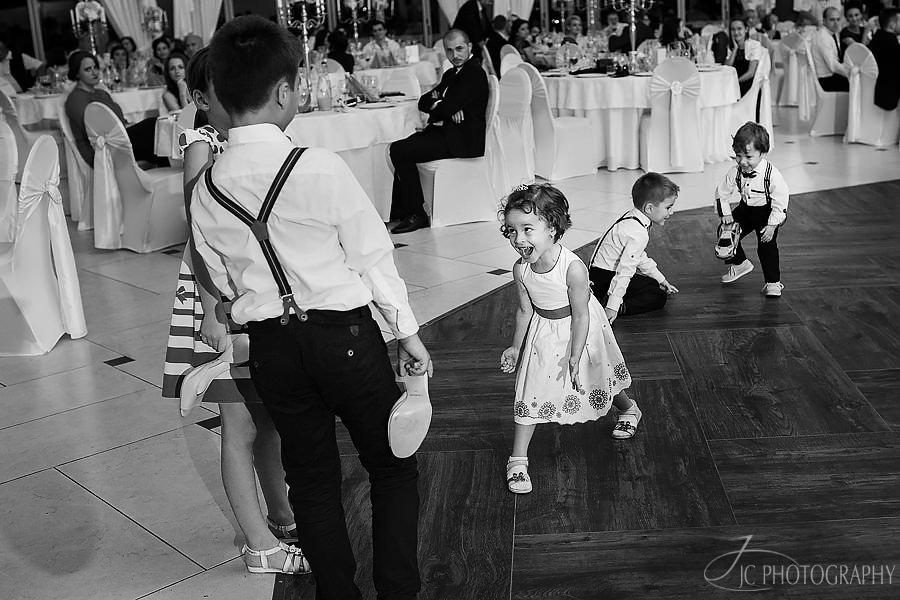 15-Fotografii-petrecere-nunta-Mercur-Alba