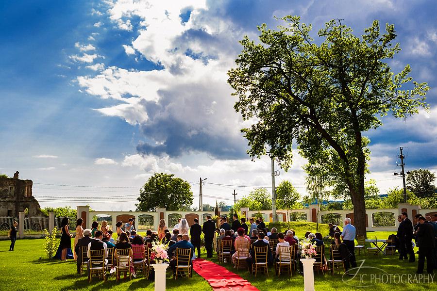 20-Fotografii-ceremonie-religioasa-in-aer-liber-Martinutzi