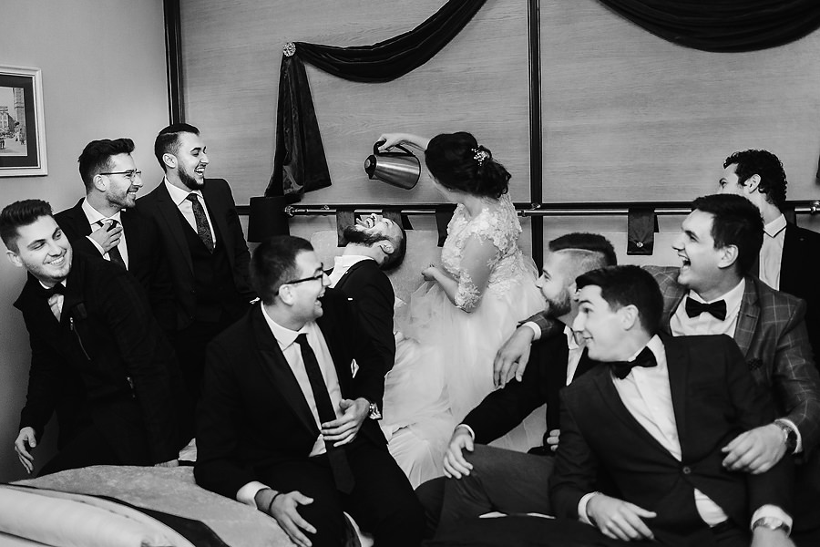 77 Furtul miresei nunta