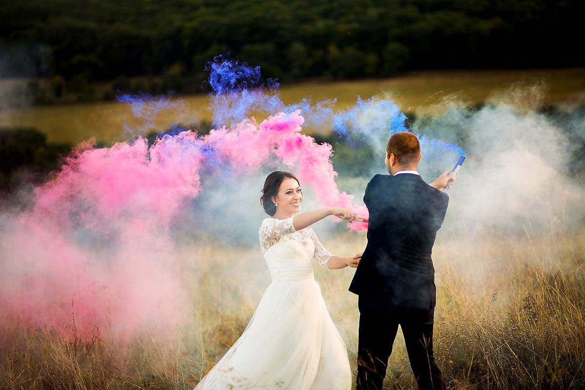 30 Fumigene nunta Alba Iulia